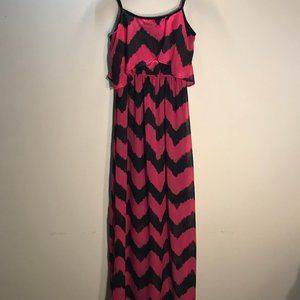 Black & Magenta Chevron Print Maxi Dress
